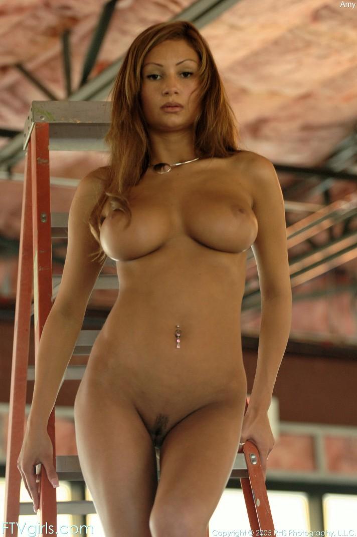chunky petite nude girls